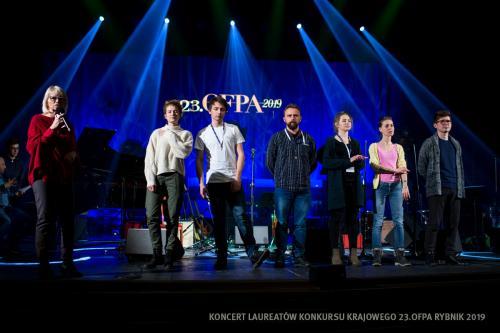 03 W Teatrze Ziemi Rybnickiej przed Koncertem Laureatów